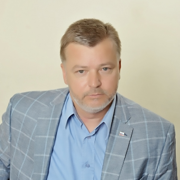 Дмитрий Гордеев