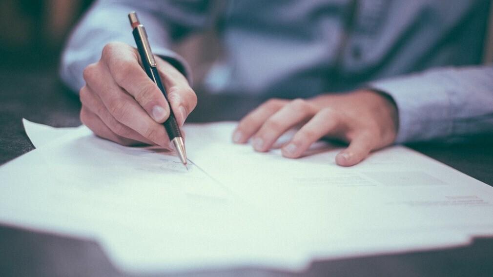 Подпись председателя ТСЖ: как правильно делегировать полномочия