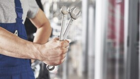 Минстрой РФ рассказал о требованиях к обслуживающим лифты компаниям