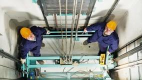 Ростехнадзор предлагает разрешить замену лифтов по частям