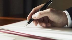 Президент РФ подписал закон о переходе на прямые договоры