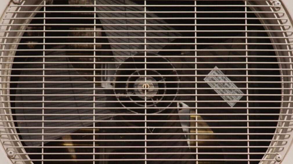УО стоит напомнить жителям МКД о том, кто должен чистить вентиляцию