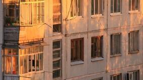 УО Петербурга требуют от жителей хрущёвок убрать остекление балконов