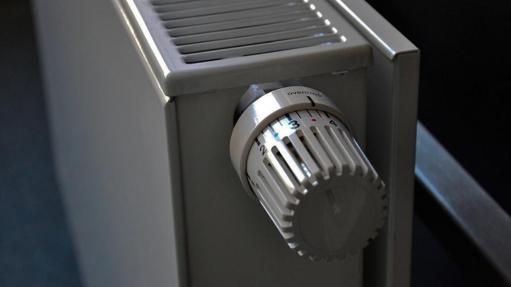 Суд запретил УО начислять плату за теплоэнергию по показаниям ОДПУ