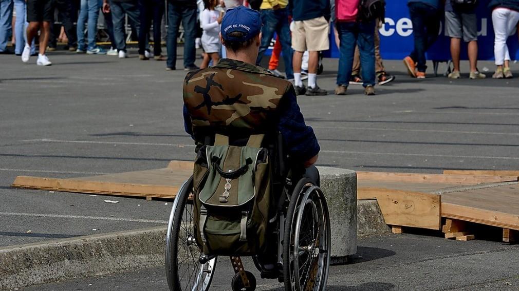 Комиссии в регионах оценят доступность МКД для проживания инвалидов
