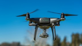 Власти ряда городов РФ проверяют работу УО с помощью дронов