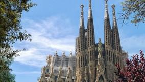 УО в Подмосковье украсит подъезды видами Барселоны