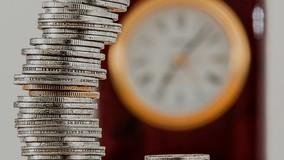 Долги за ЖКУ повесили на полную тезку должника из другого региона