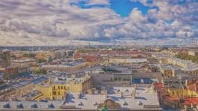 Власти Петербурга предложили легализовать прогулки по крышам МКД