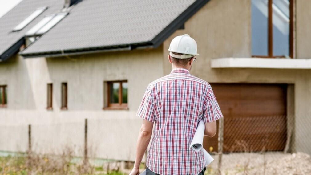 Фонд ЖКХ намерен контролировать капремонт домов в регионах России