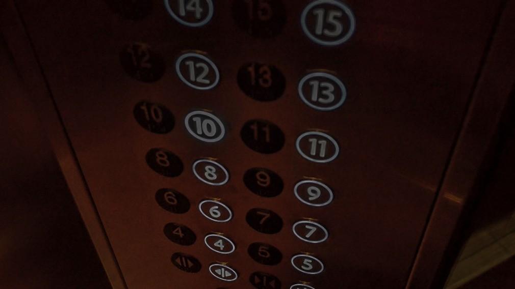 В домах Калуги старые лифты заменили некачественным оборудованием