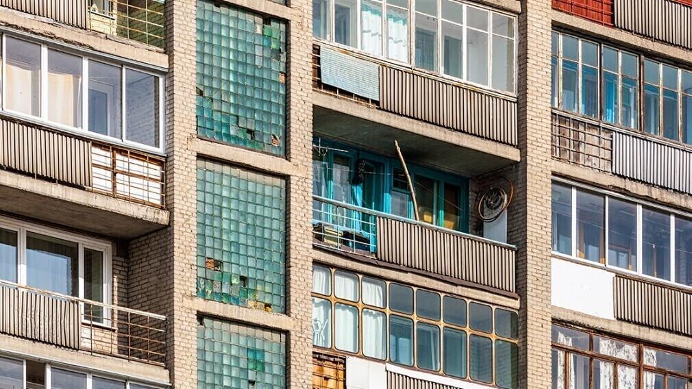 На что УО обратить внимание при осмотре балконных плит МКД