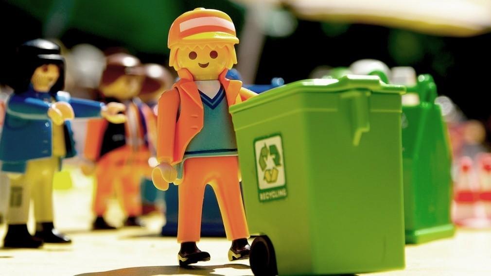 Кто покупает и ремонтирует контейнеры для ТКО, – требования закона