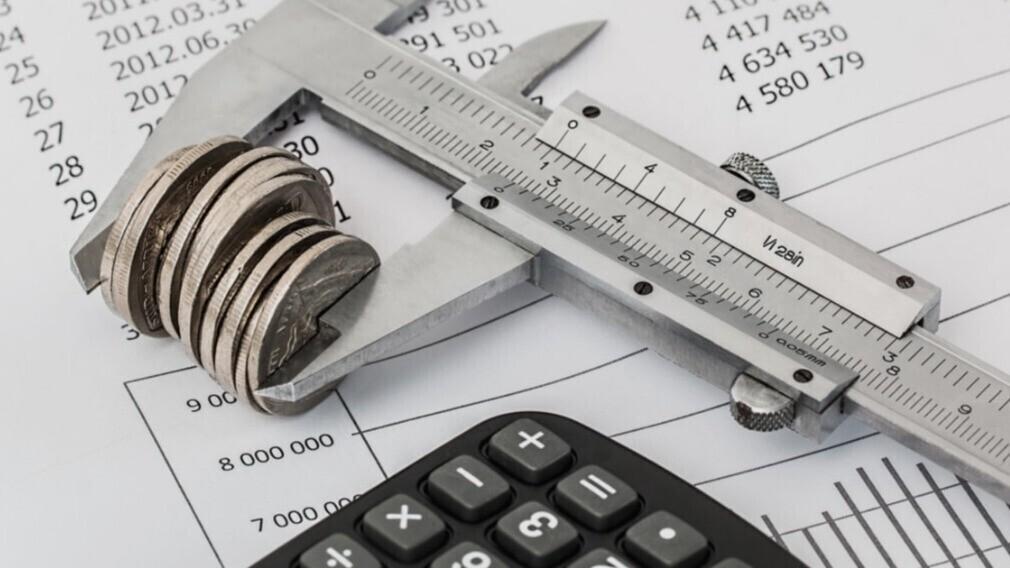 Госдума РФ предложила считать невозвратными старые долги за ЖКУ