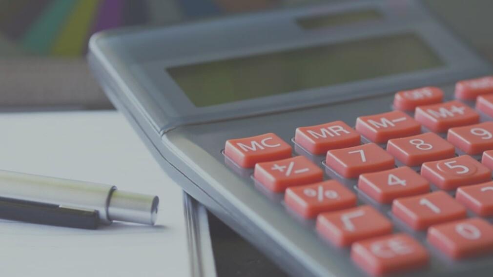 Штрафы за некачественное оказание КУ могут заменить снижением платы