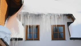 В Петербурге создадут портал для сбора жалоб на очистку крыш МКД