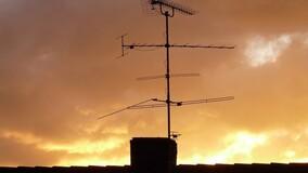 Взимает ли УО плату за установленную в доме антенну телевещания