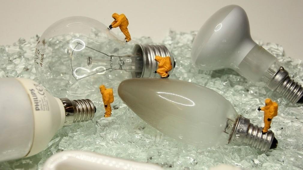 УО должны собирать у граждан и вывозить на утилизацию ртутные лампы
