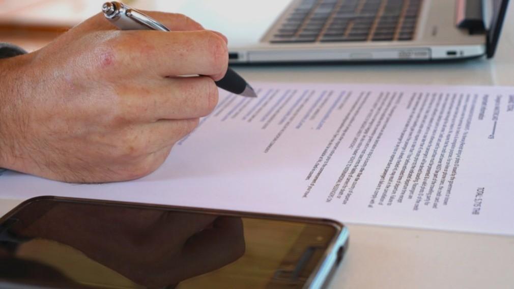 Минстрой РФ: застройщик не может заключить прямой договор с РСО
