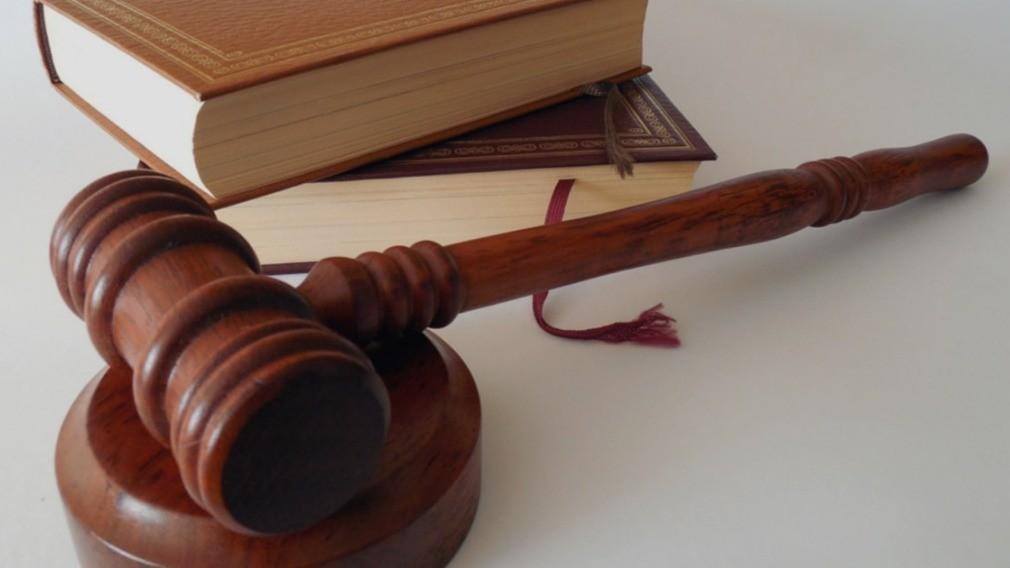 ВС РФ разъяснил порядок внесения дома в реестр лицензий