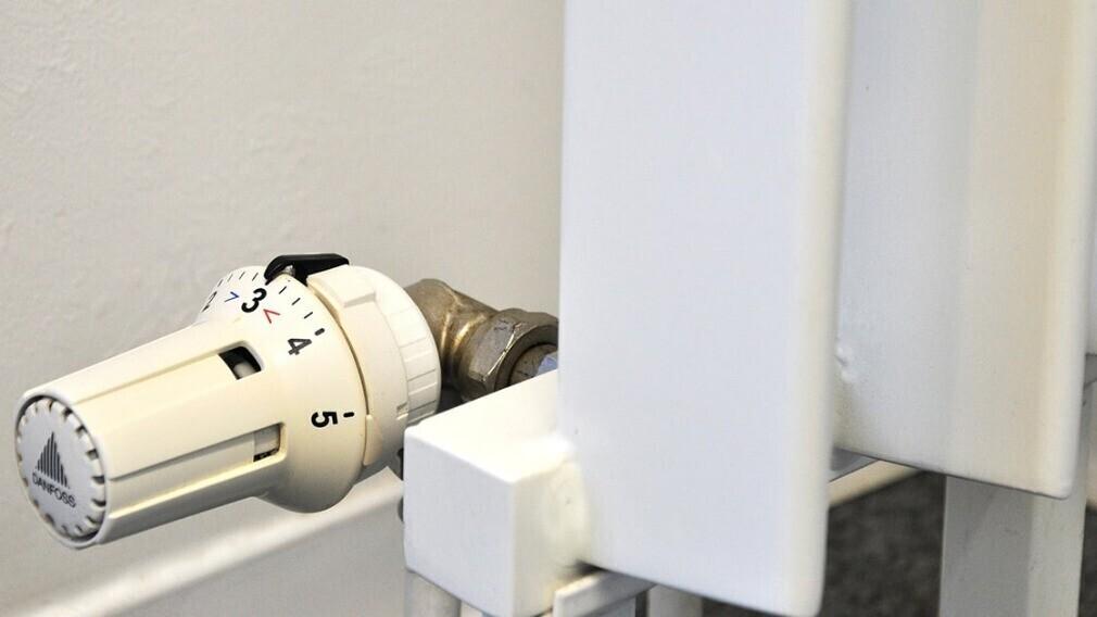 Почему потребитель платит за теплоснабжение при автономном отоплении