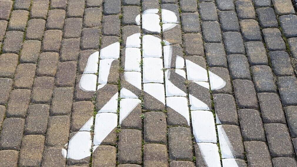 Кто и зачем устанавливает сервитут на придомовой территории МКД
