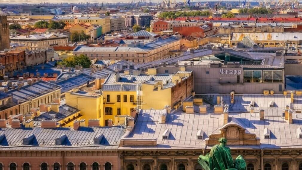 УО в Санкт-Петербурге нашла способ защитить крыши МКД от туристов