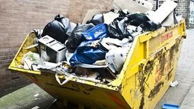 УО в Кирове заключили договоры на вывоз мусора только на часть ТКО