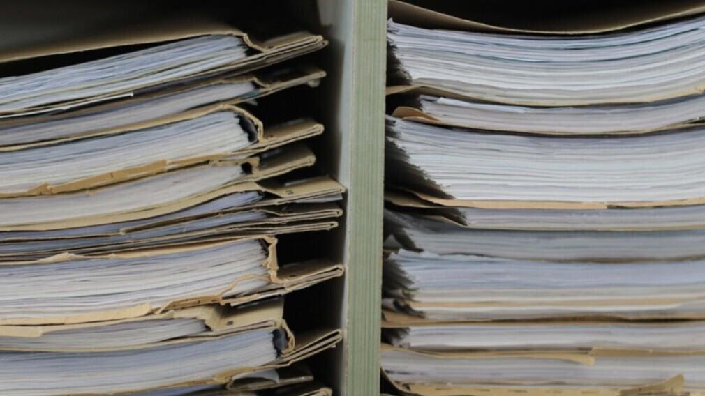 УО не должна передавать документы новой компании, если их не было
