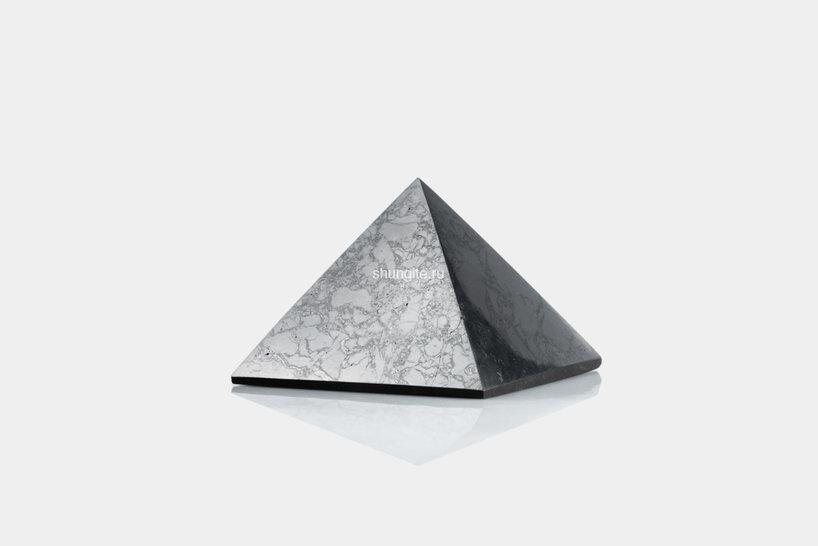 Пирамида из шунгита 7 см, фото 1